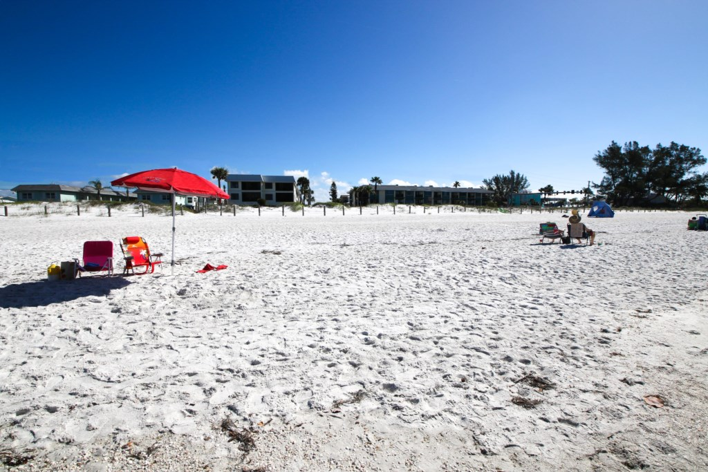 Anna Maria Island-Looking Back At Your Private Beach Access