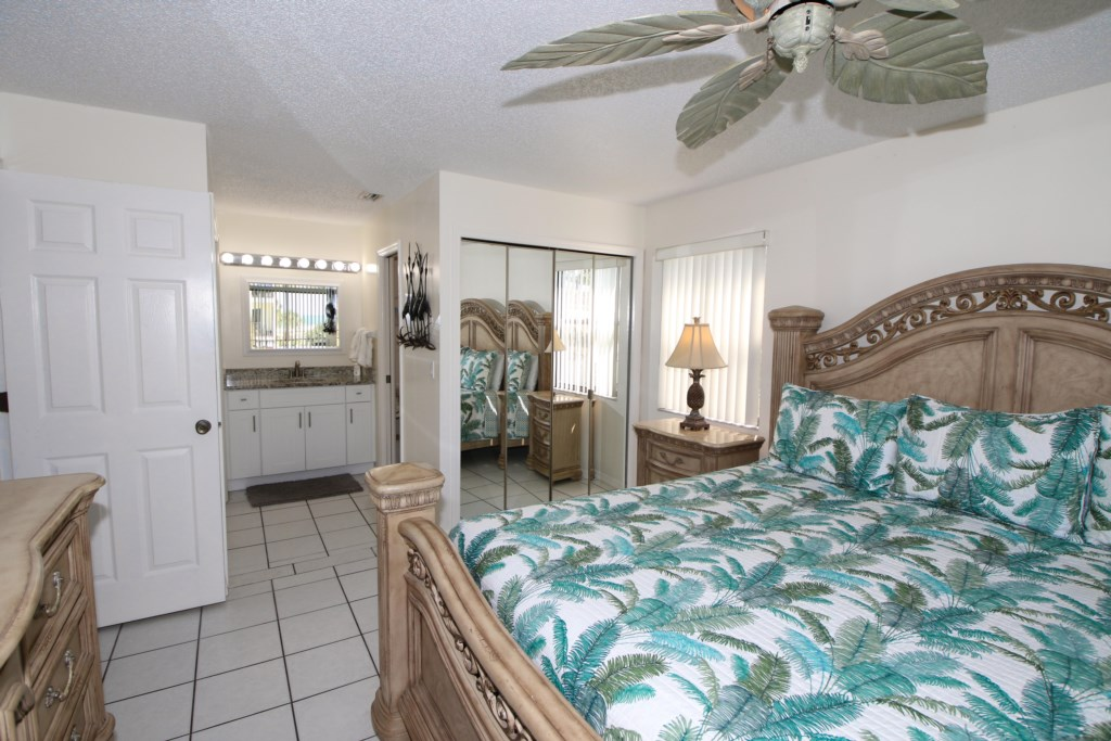 Master Bedroom-King Size Bed-Notice The Gulf Of Mexico
