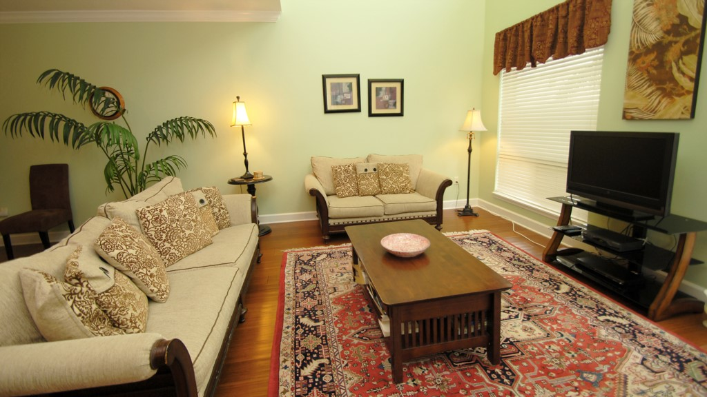 Living room, flat screen television, HD television with over 200 channels