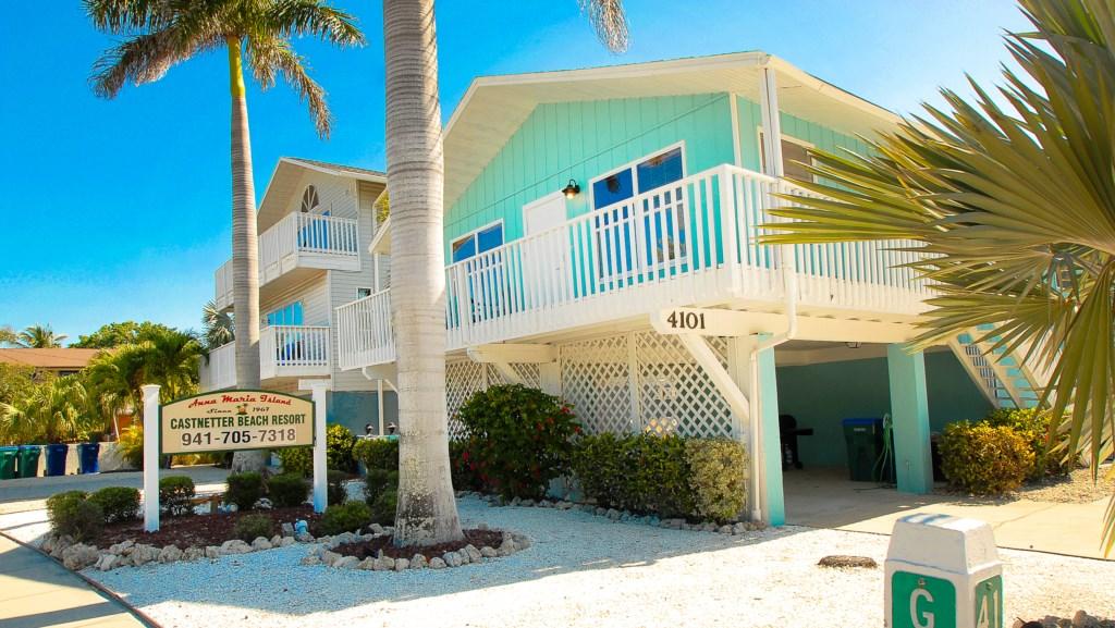 Beach Castaway