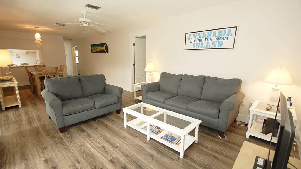 Anna Maria Island Condo - Living Room