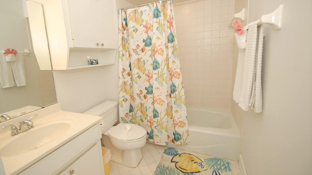 Anna Maria Island Condo - Second Washroom