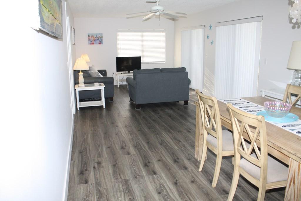 Anna Maria Island Condo - Dining Room - Living Room
