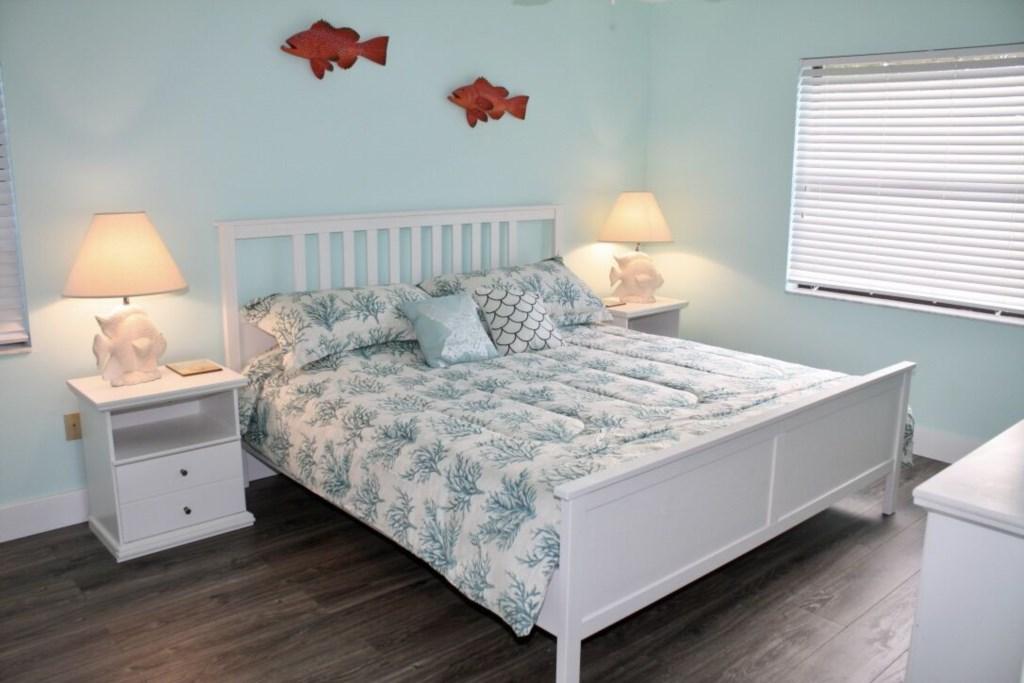 Anna Maria Island Condo - Master Bedroom - King Bed