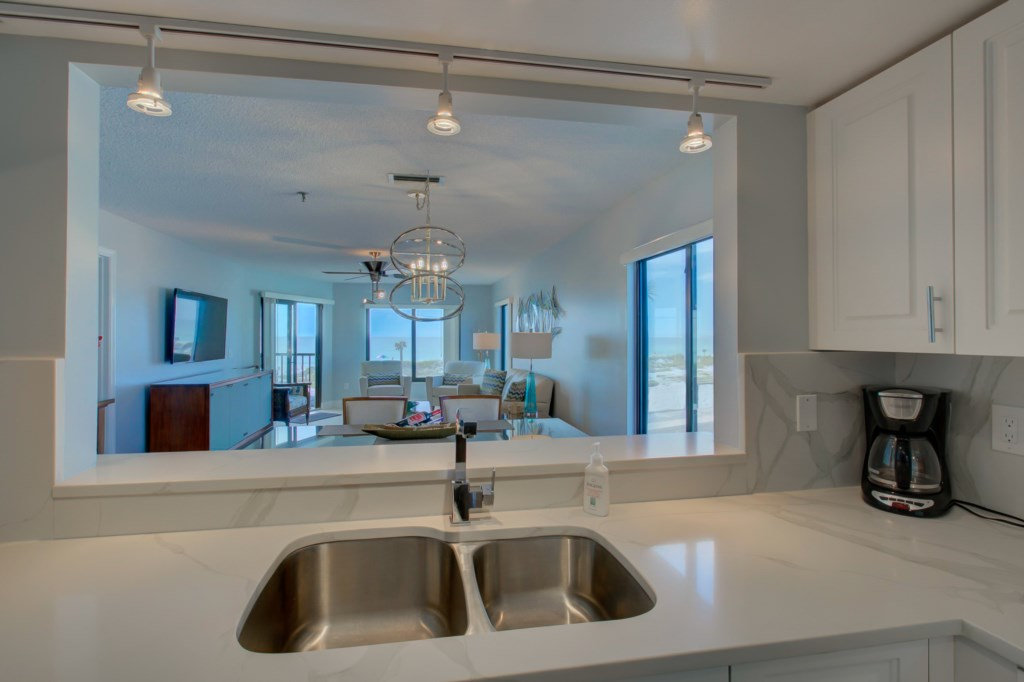 Kitchen-Dining Room-Living Room And Gulf Of Mexico