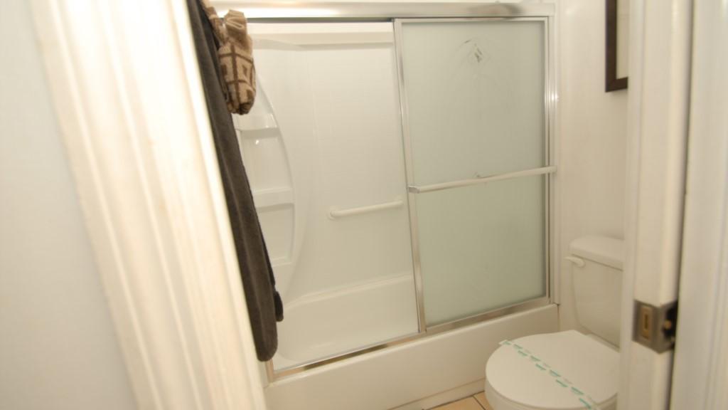 En-suite washroom and shower