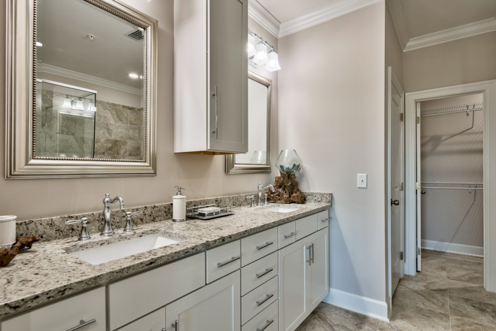 Double vanity with plenty of storage in the Master Bathroom