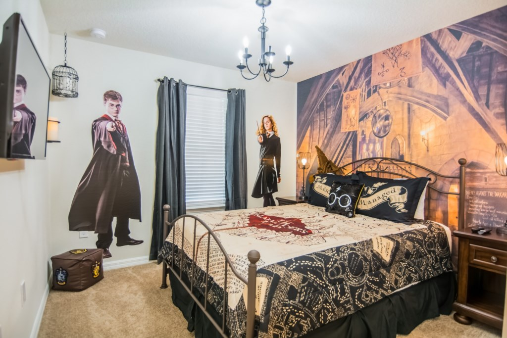 Harry Bedroom 1.jpg