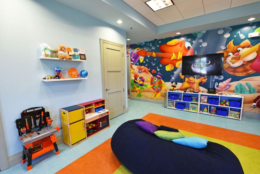 u13-Kids Corner 1200.jpg