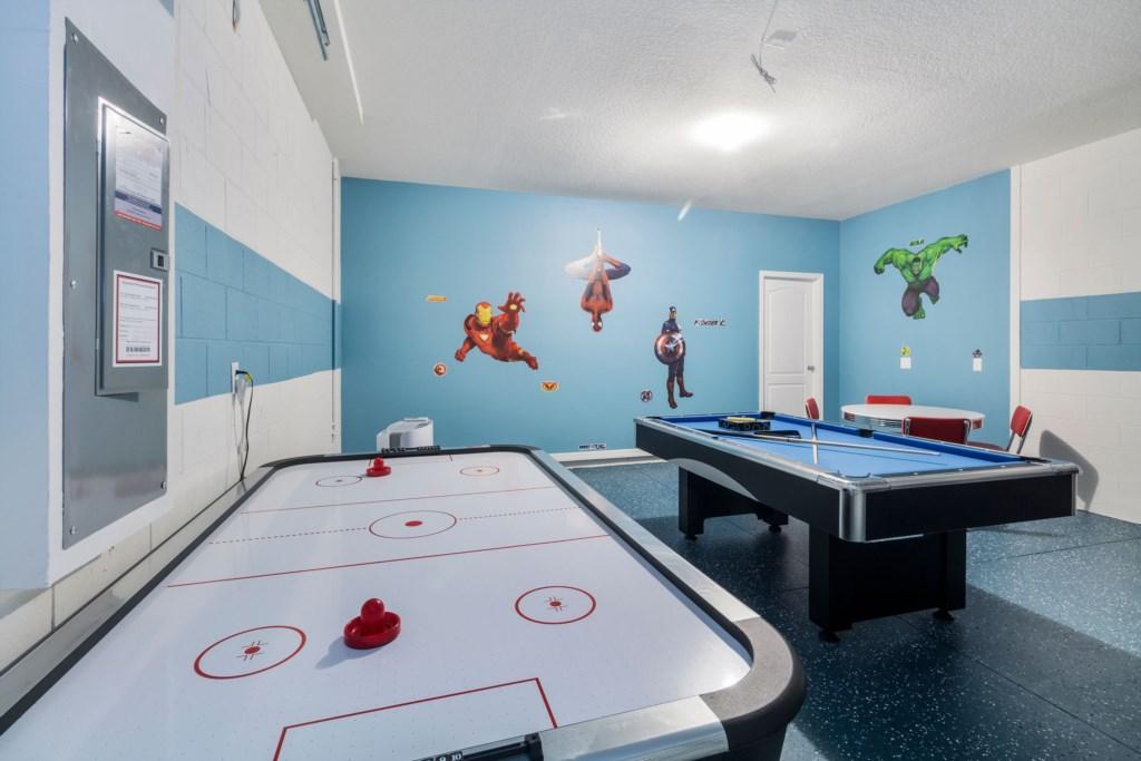 34_Air_Hockey_&_Pool_table__0721.jpg