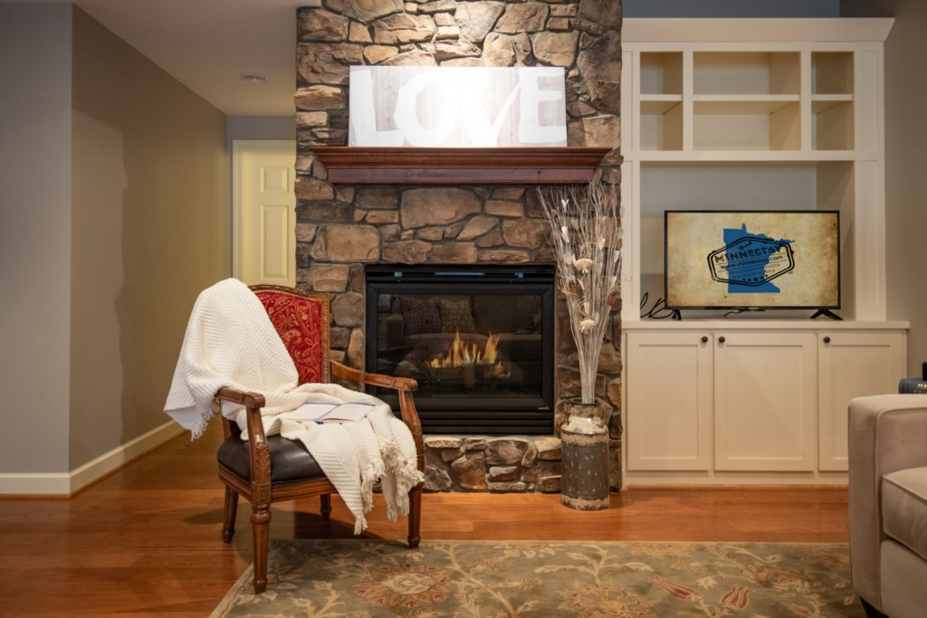 11 fireplace-winter-summer.jpg