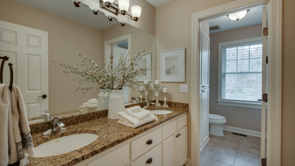 33 bathroom-bright-gathering.jpg