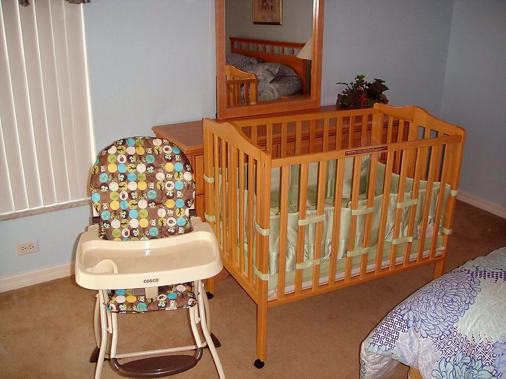 Baby Crib and High chair.jpg