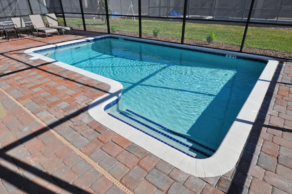 Pool1200