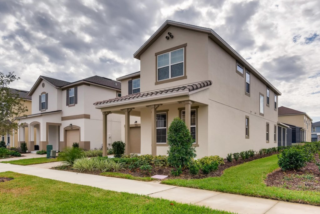 Westside Boulevard Solara-large-002-2-Exterior Front-1499x1000-72dpi.jpg