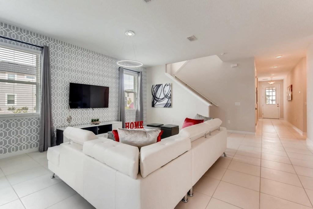 Westside Boulevard Solara-large-006-12-Living Room-1499x1000-72dpi.jpg