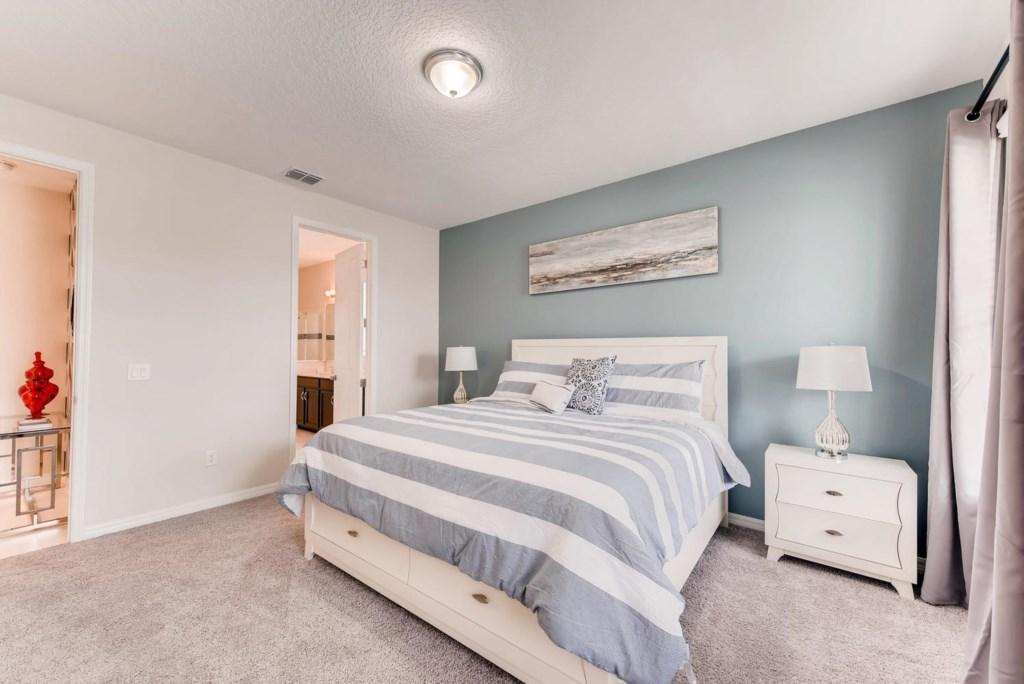 Westside Boulevard Solara-large-014-23-Master Bedroom-1499x1000-72dpi.jpg