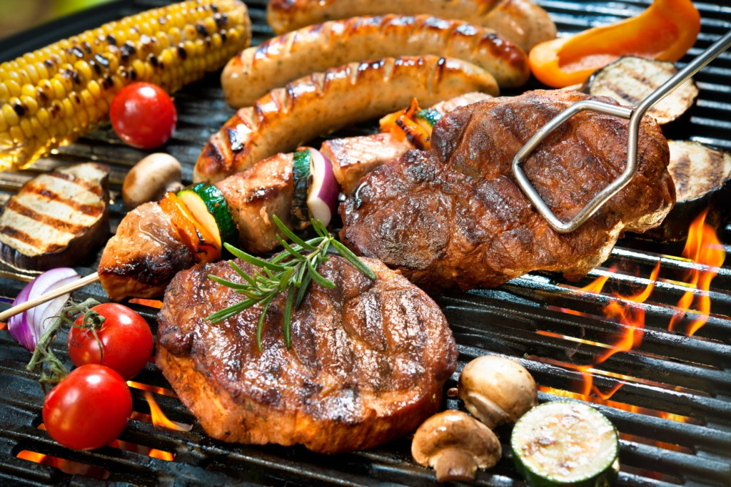 BBQ/grill and enjoy dinner outside - Parkview Cottage - Niagara-on-the-Lake