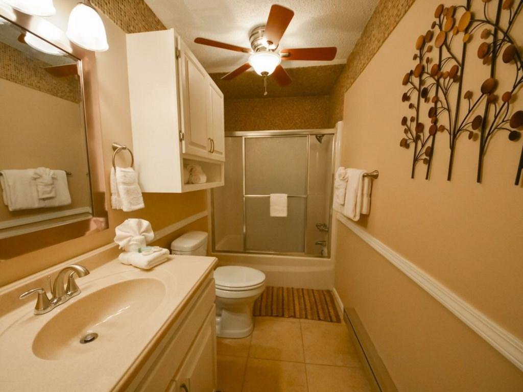 Wren 203-20 Bathroom.jpg