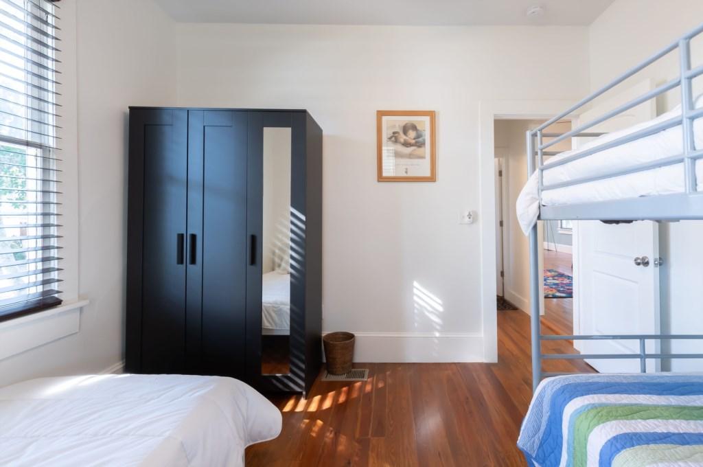 guestbedroom2.jpg