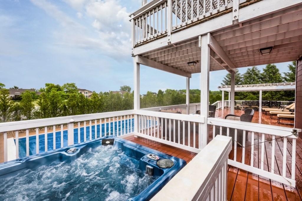 Private Pool & Hot Tub!