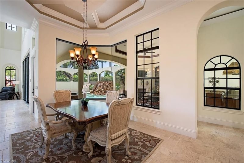 South of Broad Dining Area--Classic and Luxurious