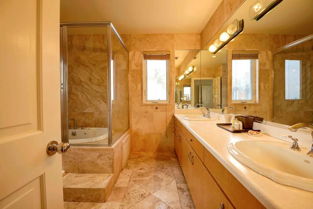 king view white room bath.jpg