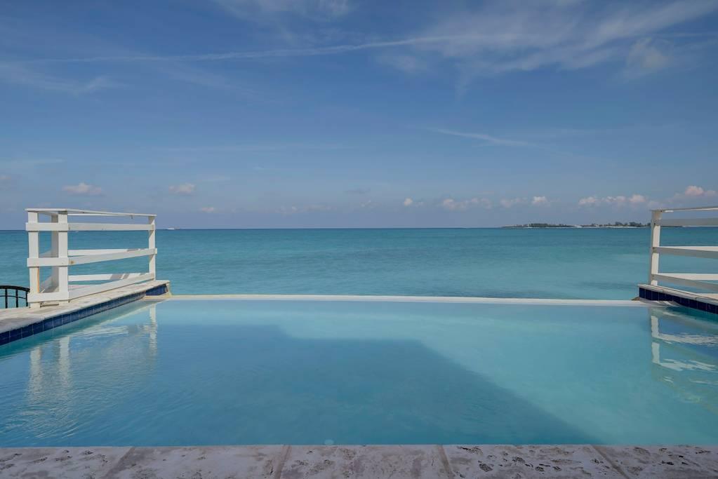 pool ocean 3.jpg