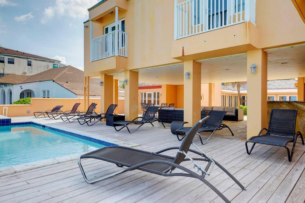 pool patio 2.jpg