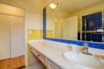 king view yellow bath 2.jpg