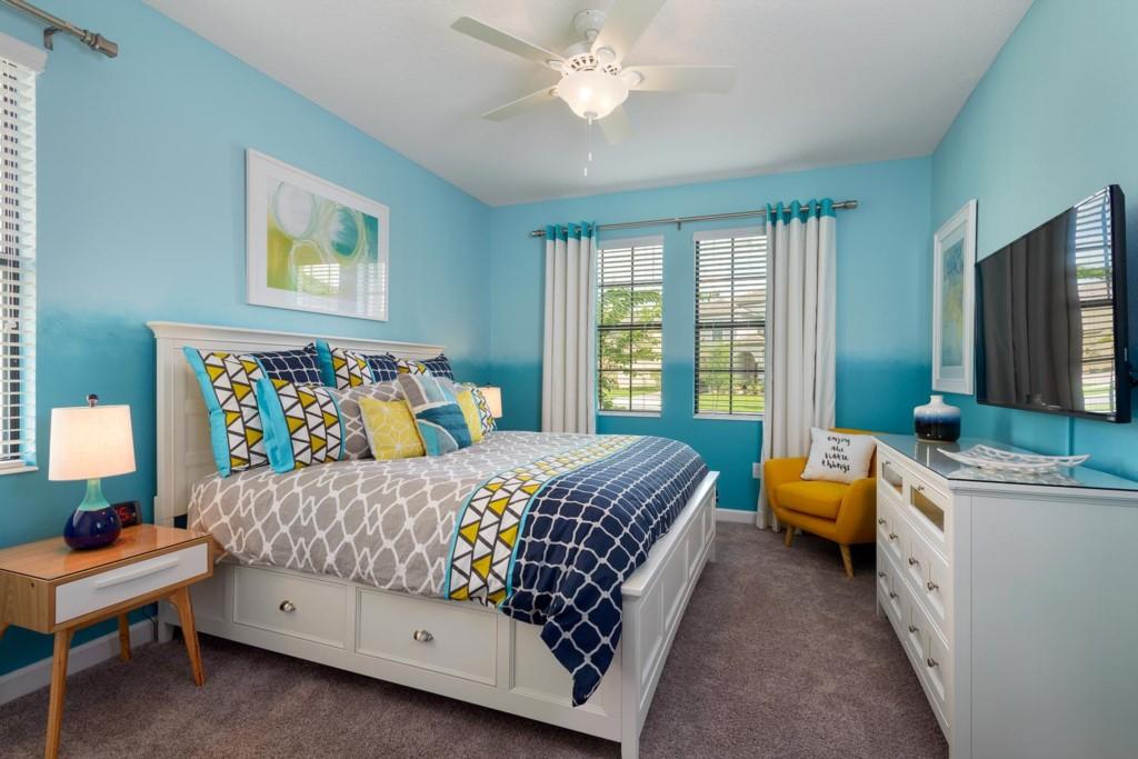 9150SCDCG-bed-2-suite-2016-07-18