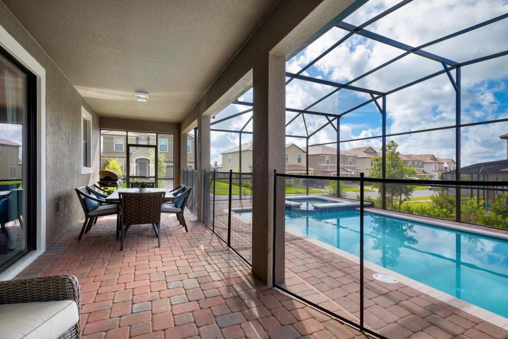 9150SCDCG-exterior-lanai-pool-fence-2016-07-18