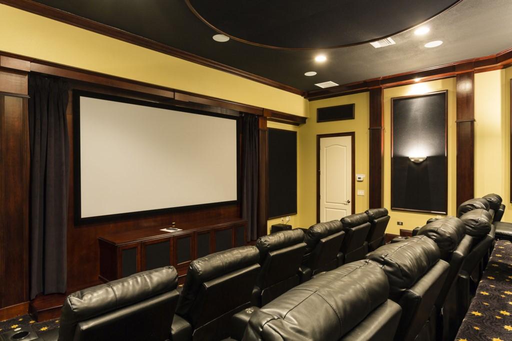 CinemaRoom-1