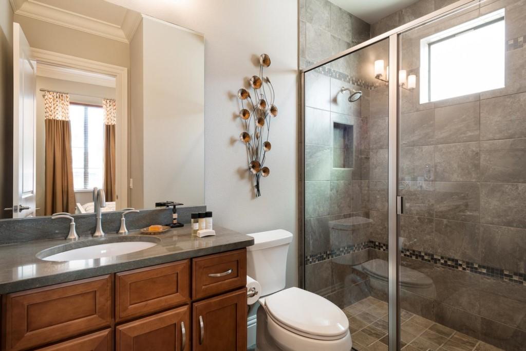 7433GCRR-suite-4-bath-2014-02-11