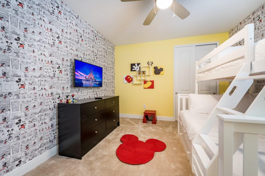 Suite 2-2.jpg