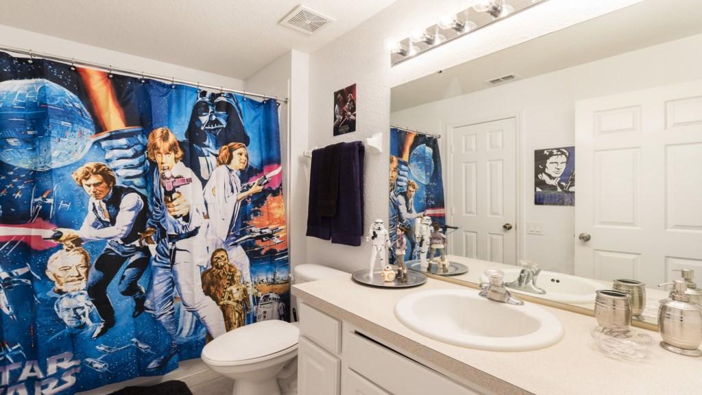 Bathroom 5_version 2.jpg