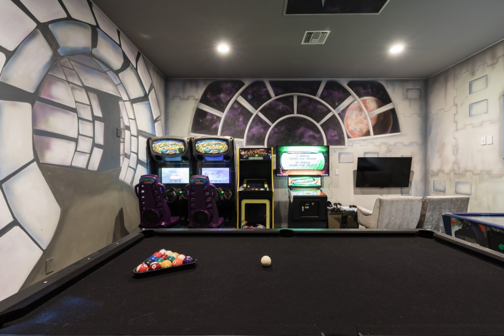 GameRoom-1.jpg Disney Vacation Homes Reunion Resort.jpg
