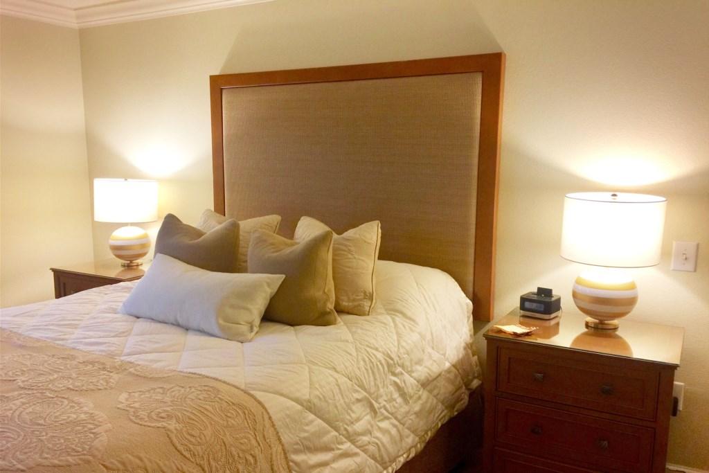 Luxury Reunion condo queen bed detail.jpg