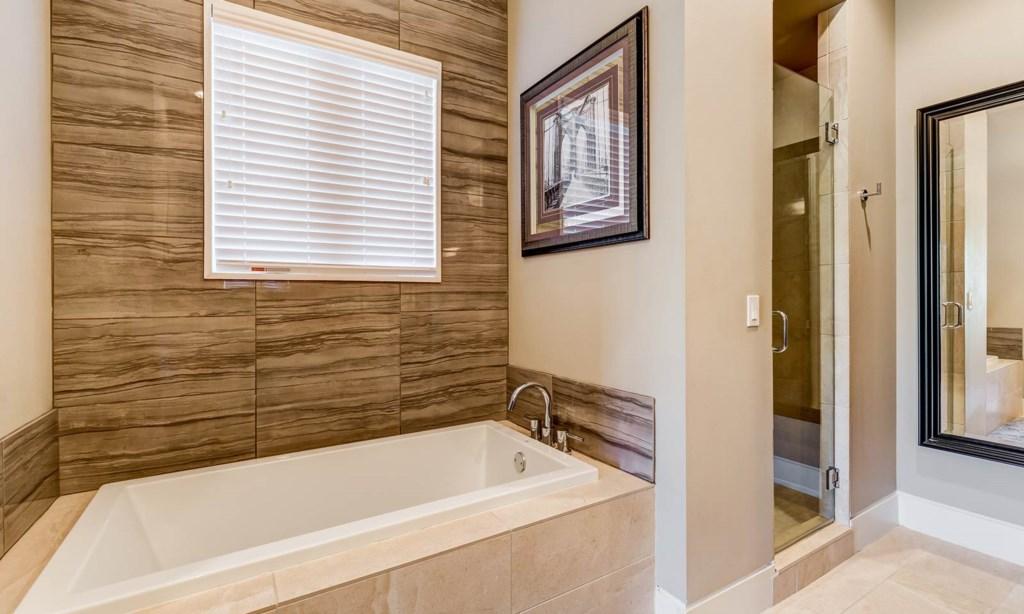 7443GC Bed 4 Bath-2.jpeg