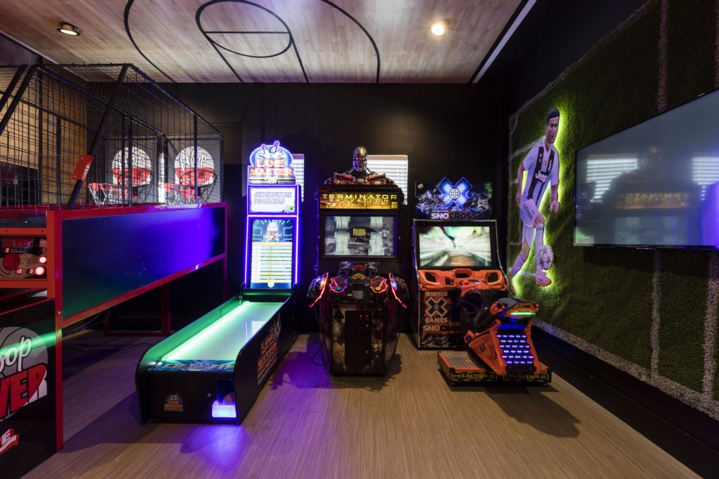 GameRoom-4.jpg Reunion Resort Disney Vacation Homes.jpg
