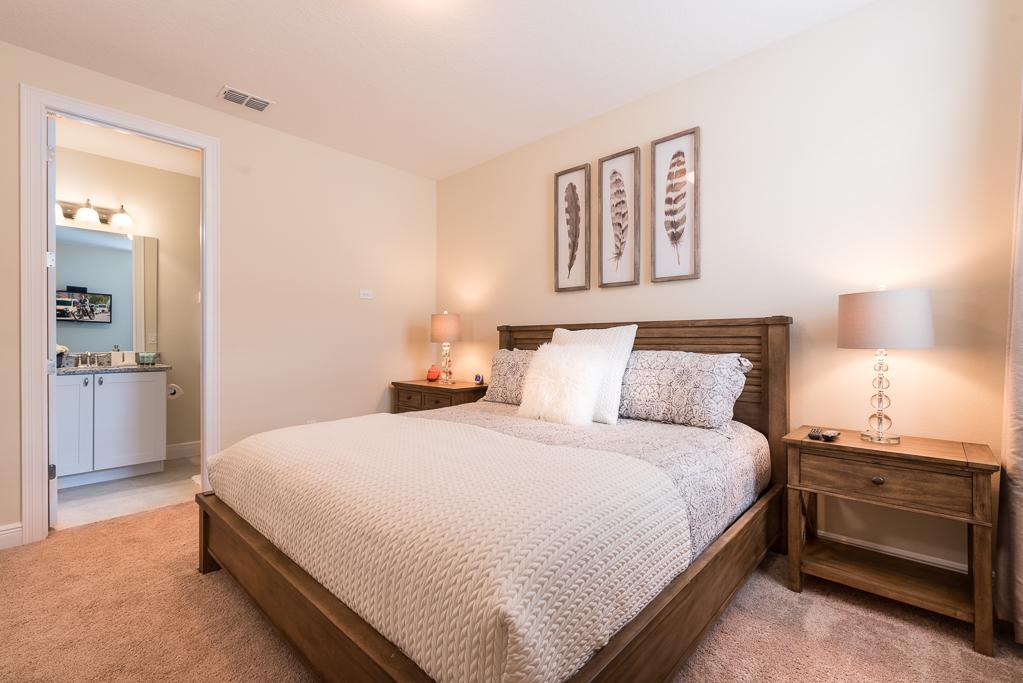 Bedroom5-2