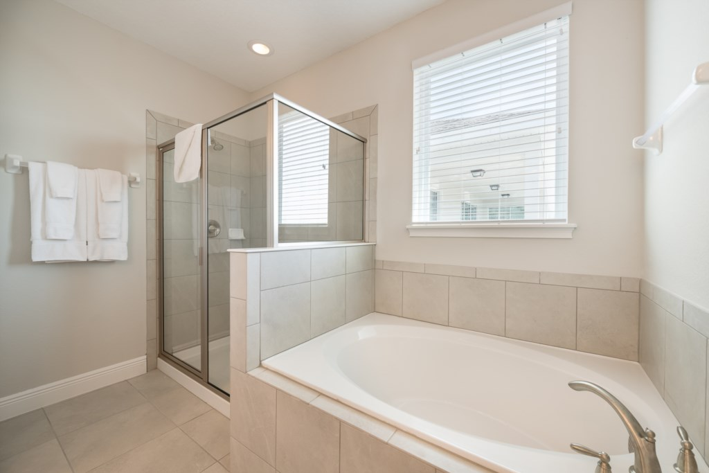 Bath 12-2.jpg
