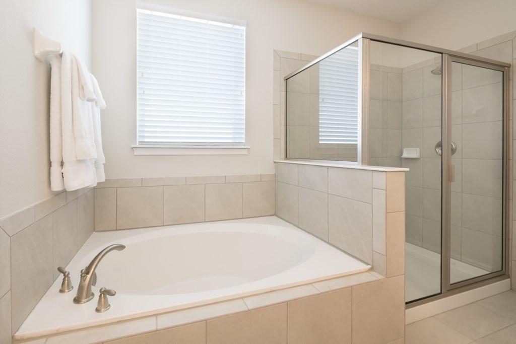 Bath 5-2.jpg