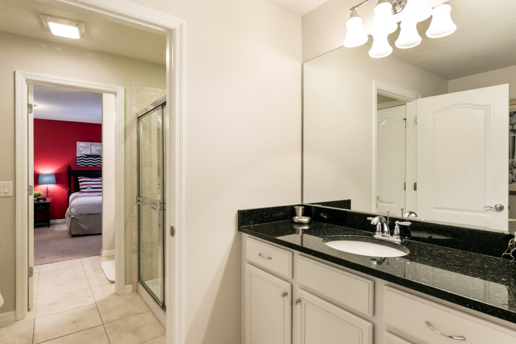 Bathroom 5-2.jpg