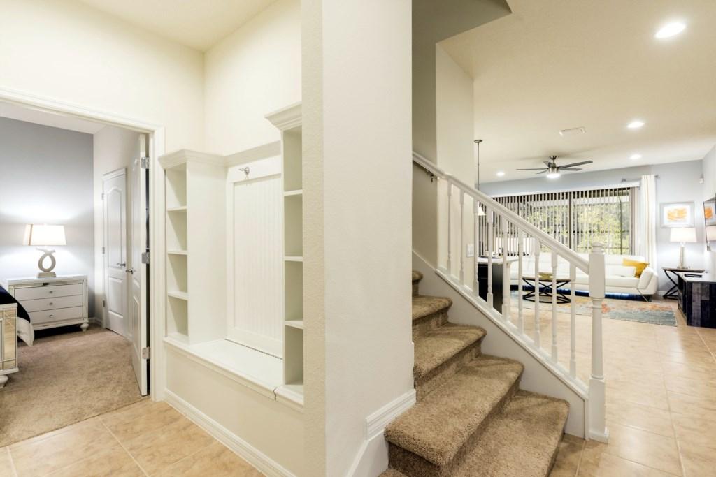 Foyer-1.jpg