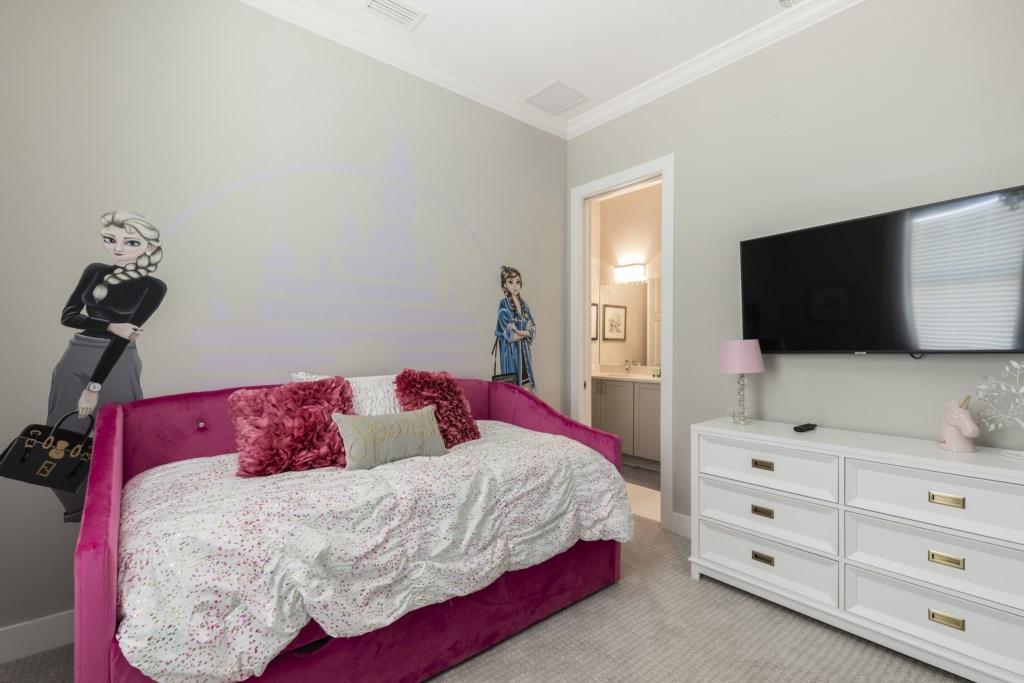 Bedroom5-4