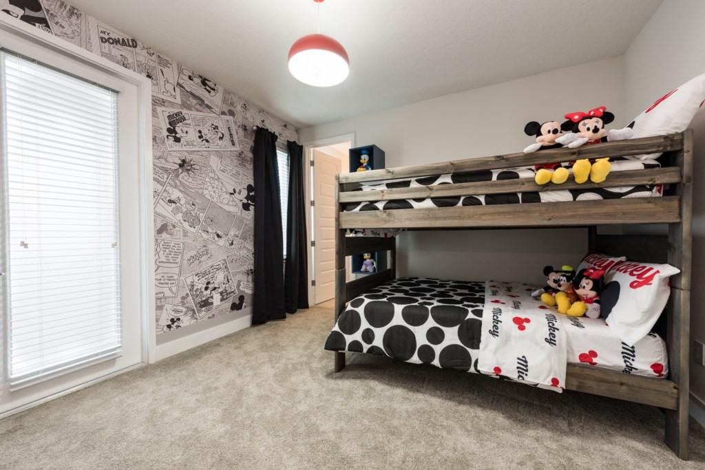 Suite 2-1.jpg