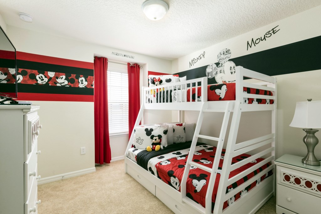 Bedroom 5 copy.jpg