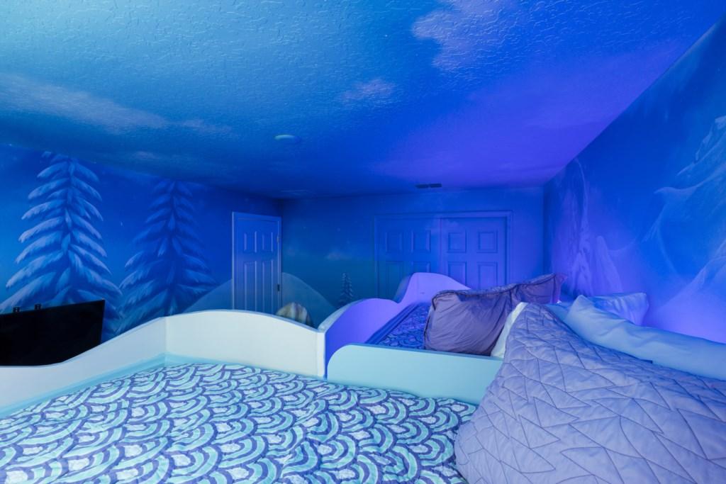 Bedroom 4-3.jpg