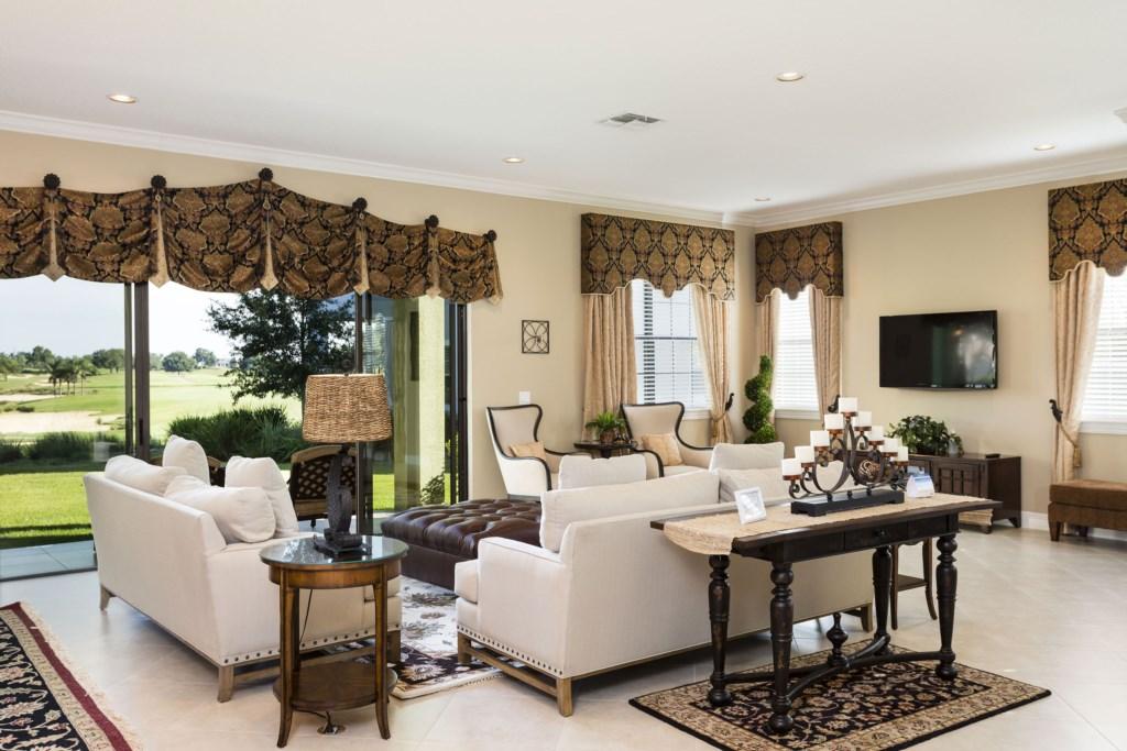 RVH_035_Living Room-2.jpg